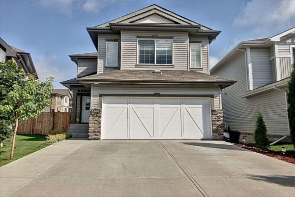 3360 17B Avenue, Edmonton