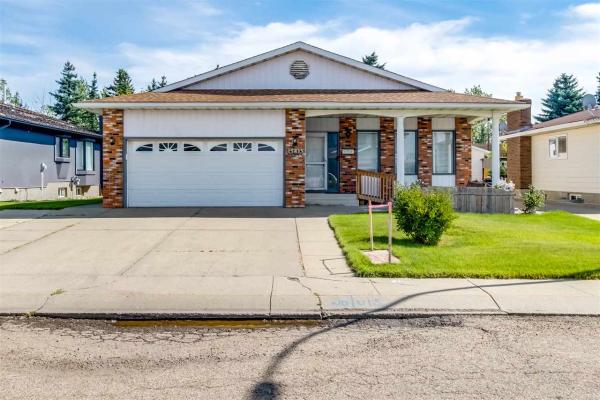 15815 98 Street, Edmonton