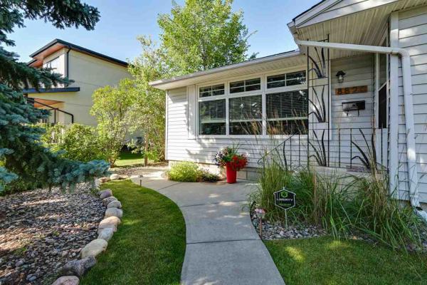 8820 142 Street, Edmonton