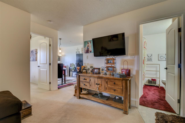 303 70 WOODSMERE Close, Fort Saskatchewan