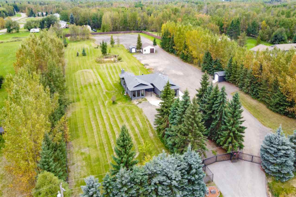 253 52252 RGE RD 215, Rural Strathcona County