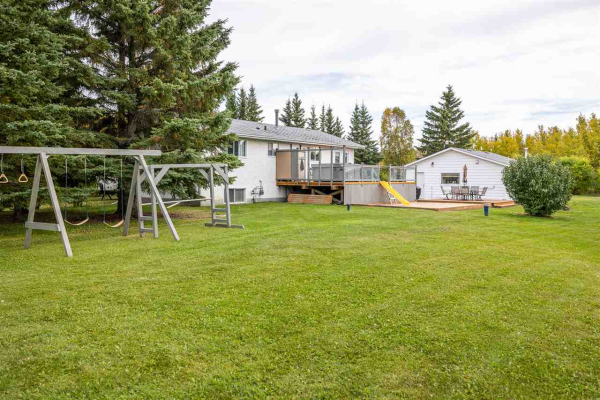 110 52550 RGE RD 222, Rural Strathcona County