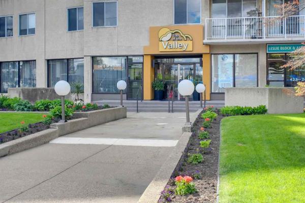 704 12141 JASPER Avenue, Edmonton