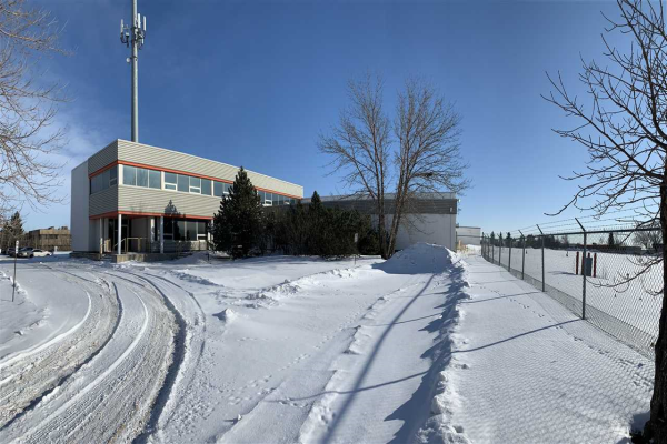 8705 24 Street NW, Rural Strathcona County