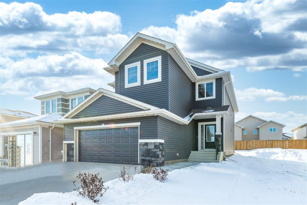 2010 South Creek Drive, Stony Plain