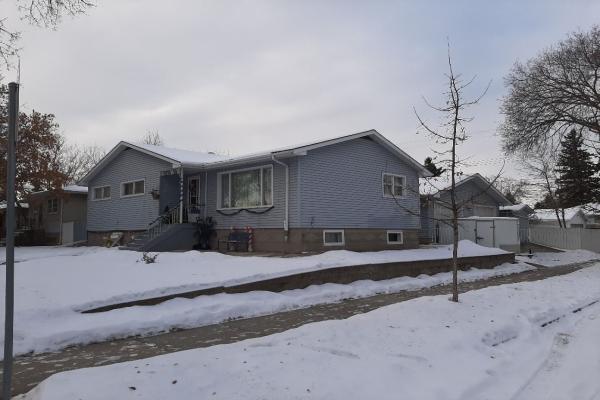 11938 38 Street NW, Edmonton