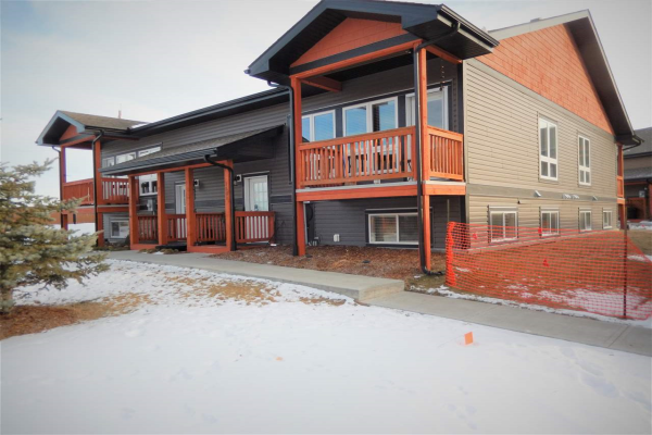 1501 GRAYBRIAR Green, Stony Plain