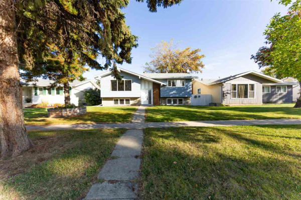 91 WOODHAVEN Drive, Spruce Grove