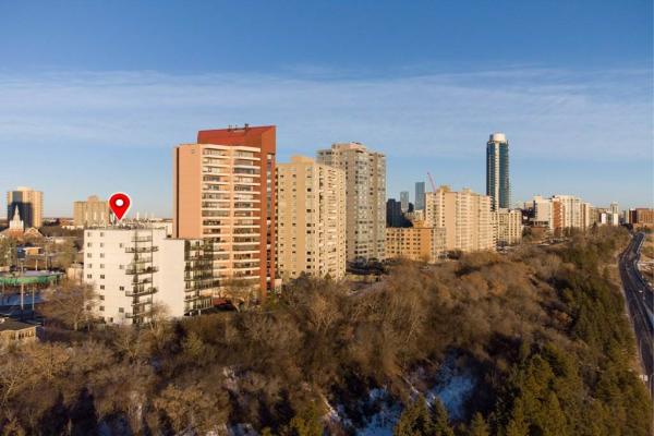101 12331 JASPER Avenue, Edmonton