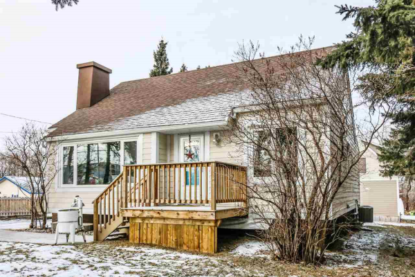 4913 47 Avenue, Stony Plain