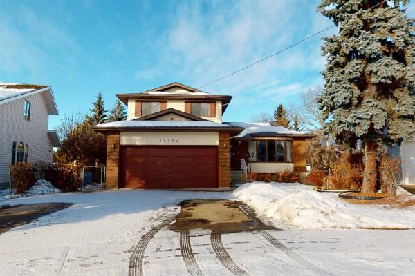 15752 106 Street, Edmonton