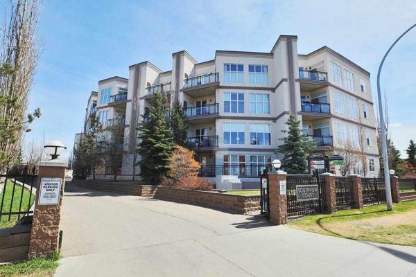346 4827 104A Street, Edmonton