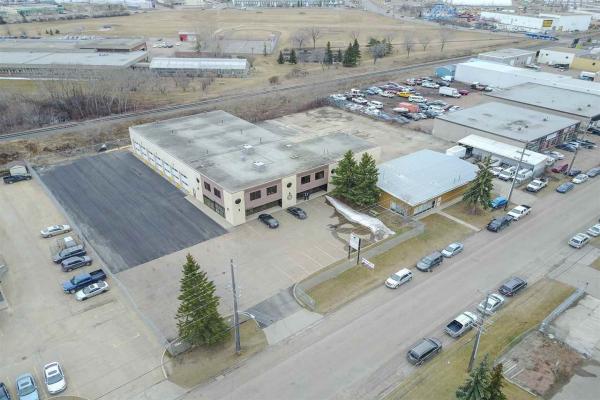 8441 Coronet Road NW, Edmonton