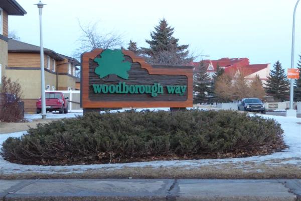 140 Woodborough Way NW, Edmonton