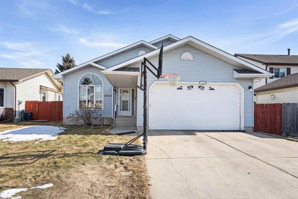 18023 96 Street, Edmonton