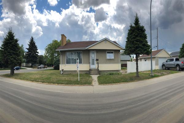 13703 137 Avenue NW, Edmonton