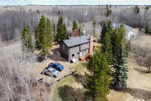 97 23054 TWP RD 512, Rural Strathcona County