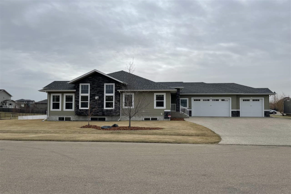 2 GREENFIELD Bay, Fort Saskatchewan