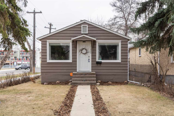 11349 95A Street, Edmonton