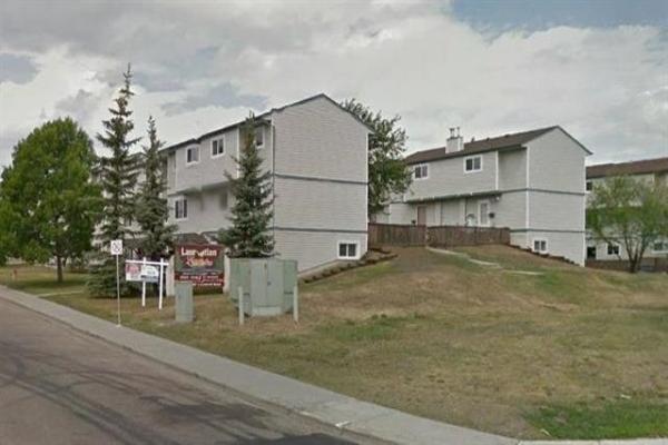 1462 LAKEWOOD Road W, Edmonton