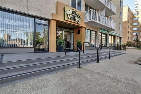 906 12141 JASPER Avenue, Edmonton