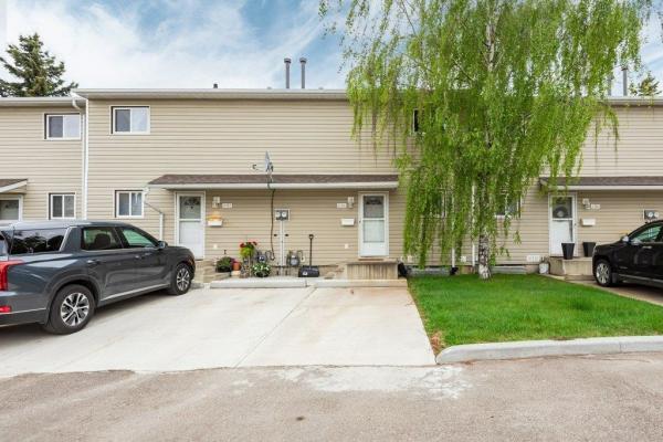 6384 180 Street, Edmonton