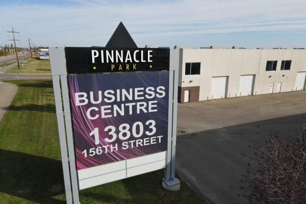 13831 156 Street, Edmonton