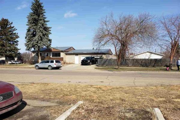 15730 102 Avenue NW, Edmonton