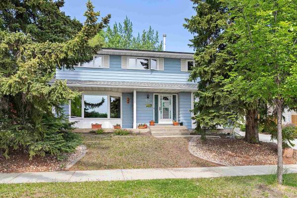 15432 76A Avenue, Edmonton