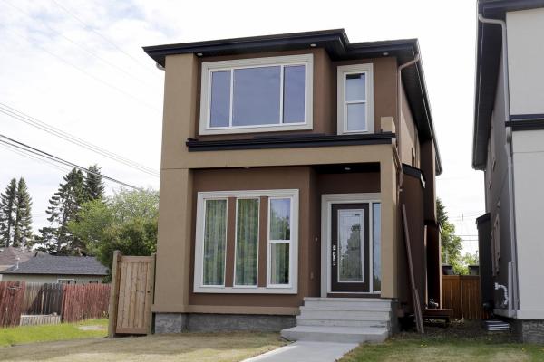 11055 161 Street, Edmonton