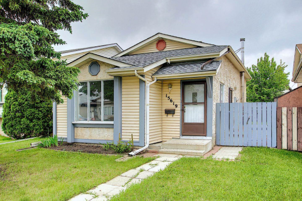 15619 84 Street, Edmonton