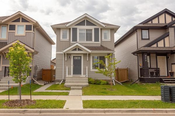 825 35A Avenue, Edmonton