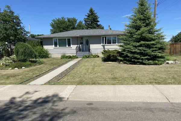 9116 136 Avenue, Edmonton