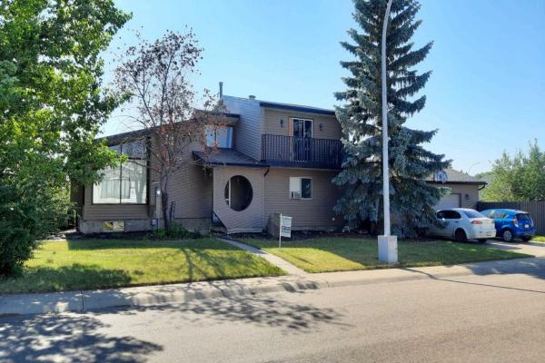 3104 67a Street, Edmonton