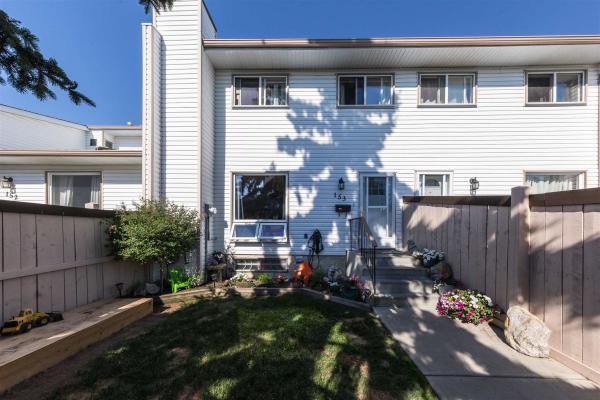 153 MARLBOROUGH Place, Edmonton