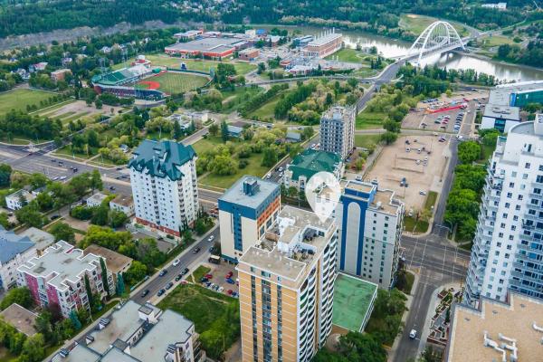PH 4 9725 106 Street, Edmonton