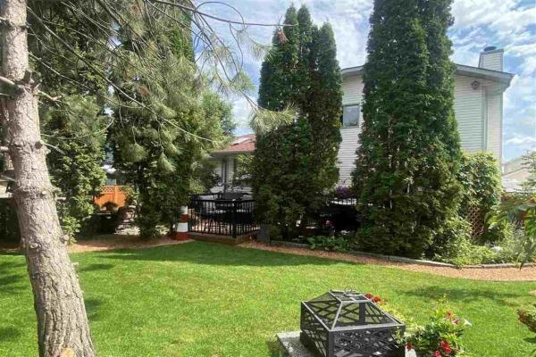 39 Woodside Crescent, Spruce Grove