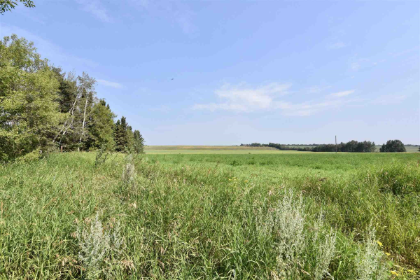 17412 VICTORIA TRIAL, Rural Smoky Lake County
