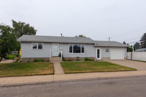 8504 60 Street, Edmonton