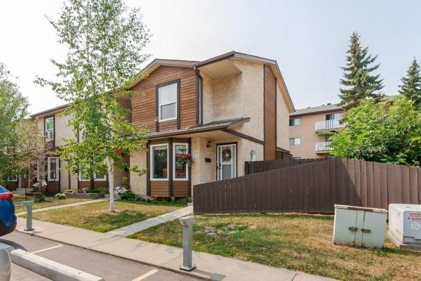 40 10205 158 Avenue, Edmonton