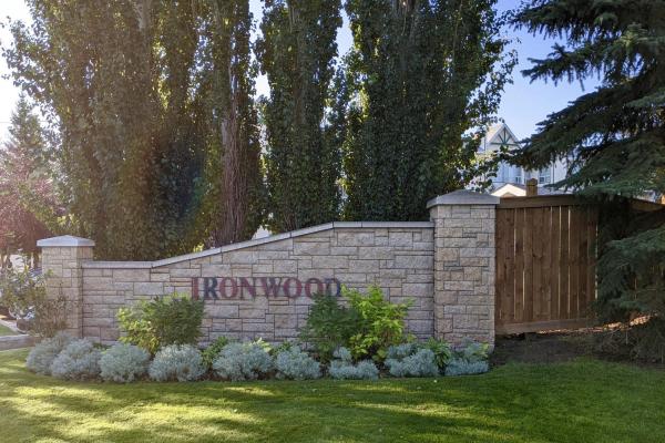 402 10 Ironwood Point(e), St. Albert