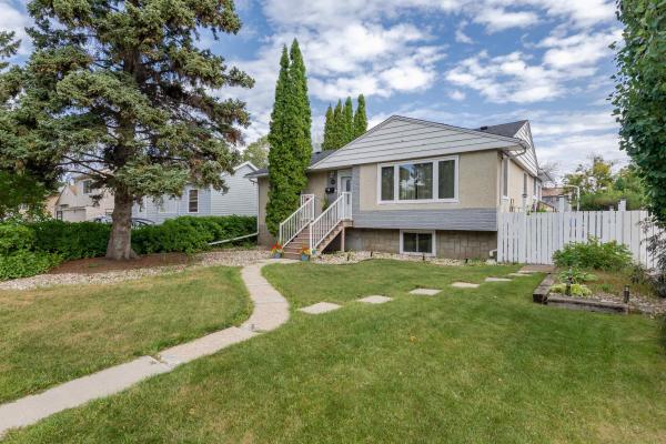 9031 150 Street, Edmonton