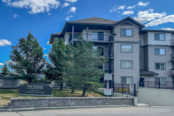 444 301 Clareview Station Drive NW, Edmonton