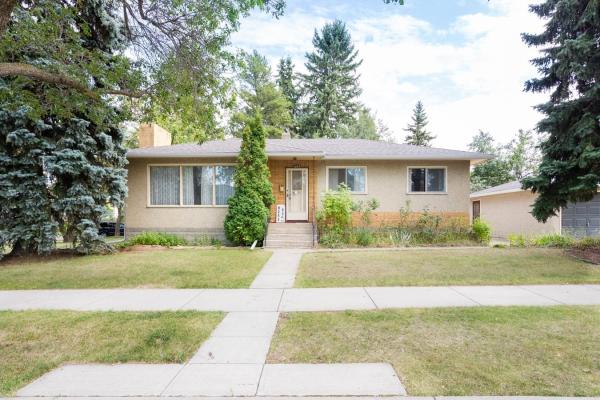 8243 93A Avenue, Edmonton