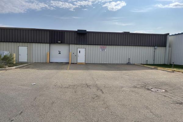 C-10235 180 Street, Edmonton