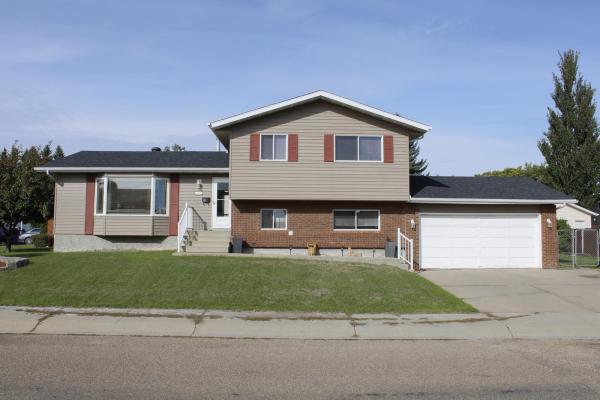 3216 130 Avenue, Edmonton
