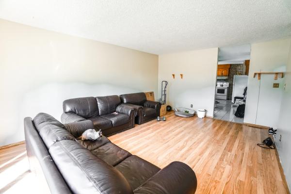 7016 132 Avenue, Edmonton