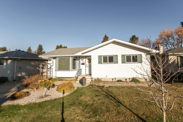 10424 35A Avenue, Edmonton