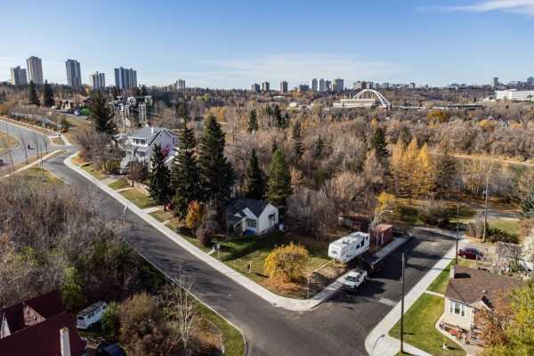 9532 99A Street, Edmonton