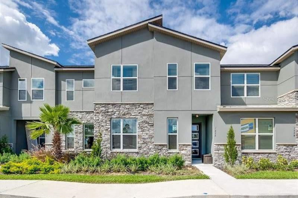 1552 CAREY PALM CIR, KISSIMMEE